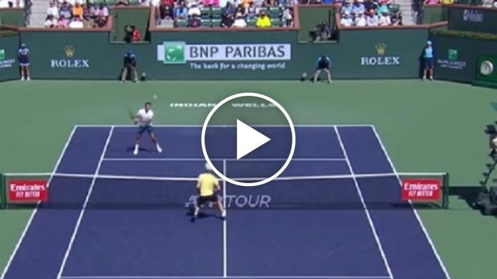 Riflesso magico di Roger Federer - Spettacolo a Indian Wells