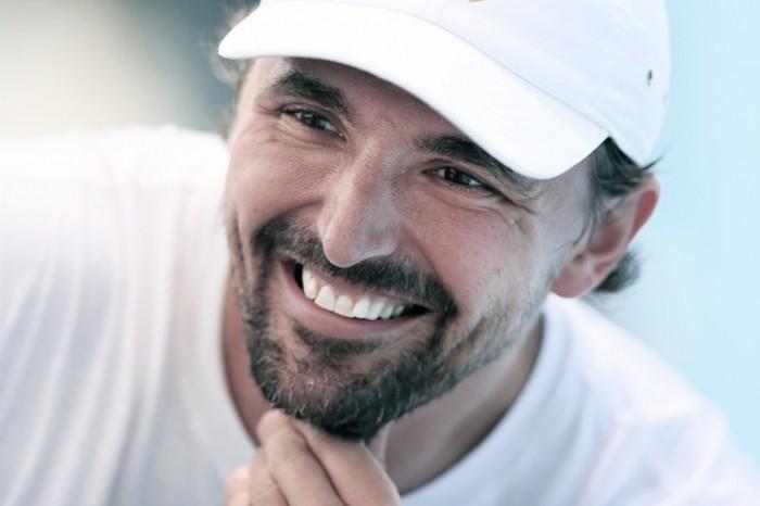 Willis (772 al mondo) vince un game con Federer. Lo stadio esplode