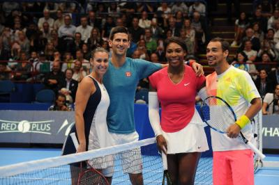 Djokovic e Friends - Serena Williams regola Pennetta, Djokovic show con Fiorello