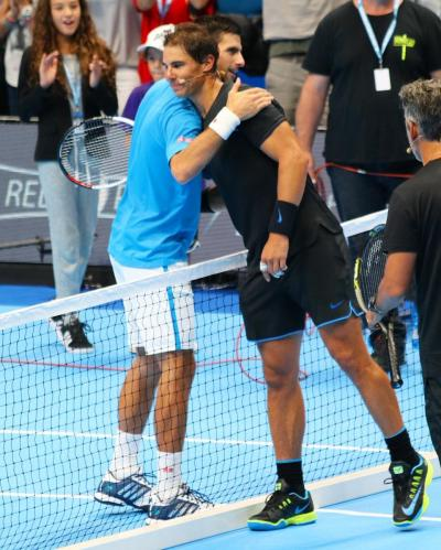 Djokovic & Friends si chiude col botto, Nole batte Nadal tra sorrisi e colpi da applausi