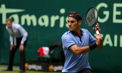 Federer in finale anche ad Halle